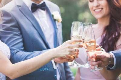 Quelle quantité de boissons pour un mariage ?