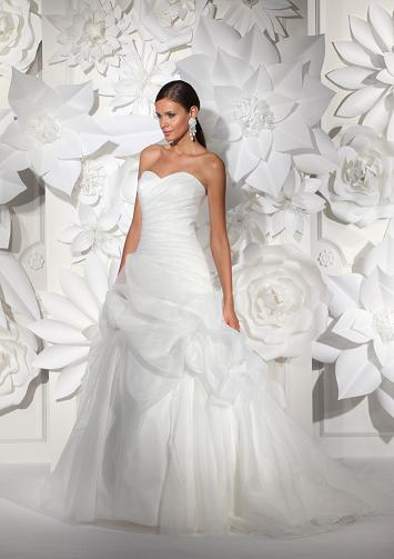 de réduction sur le costume du marié pour toute commande dune robe ...