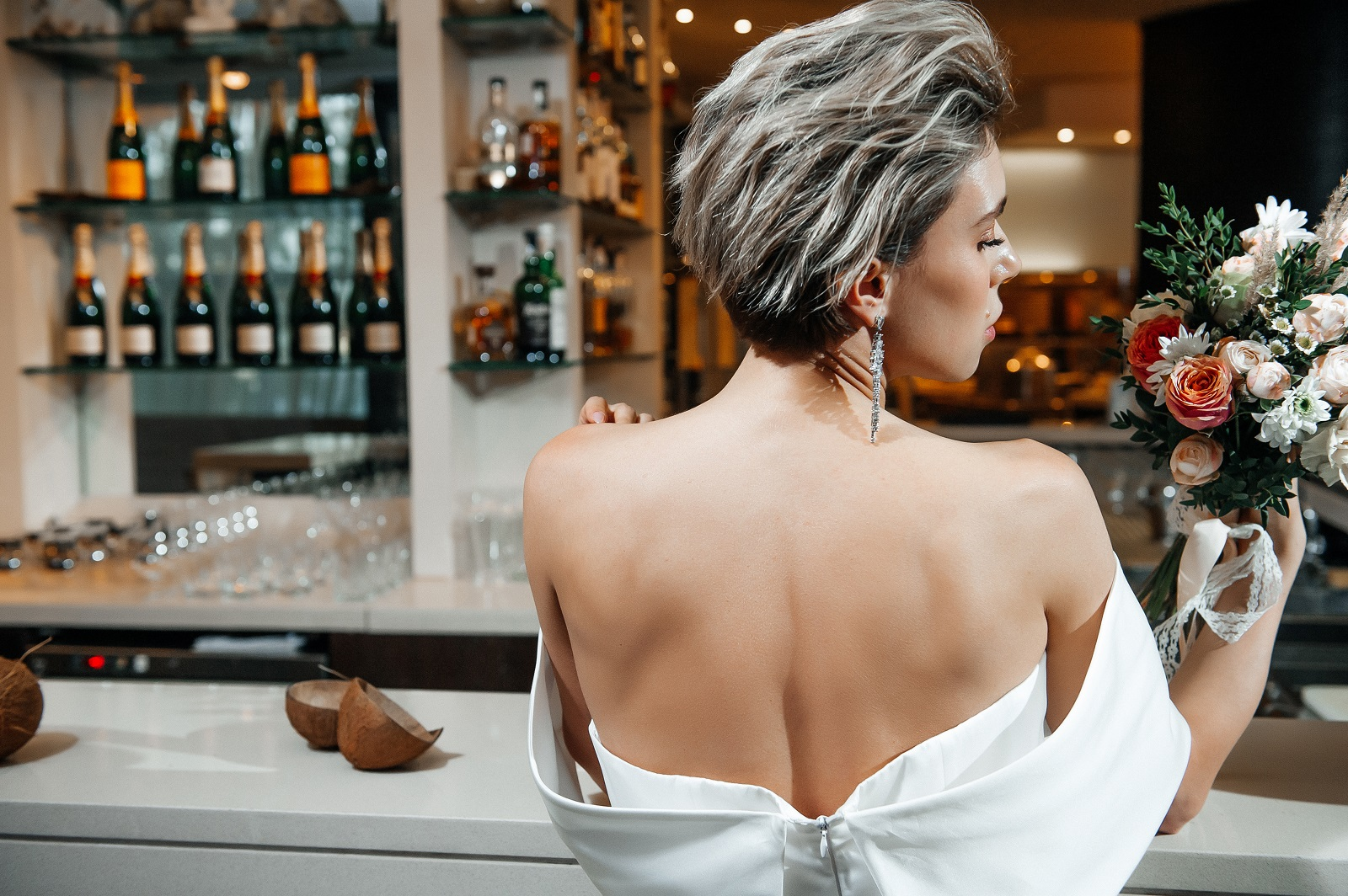 Une coiffure courte et élégante