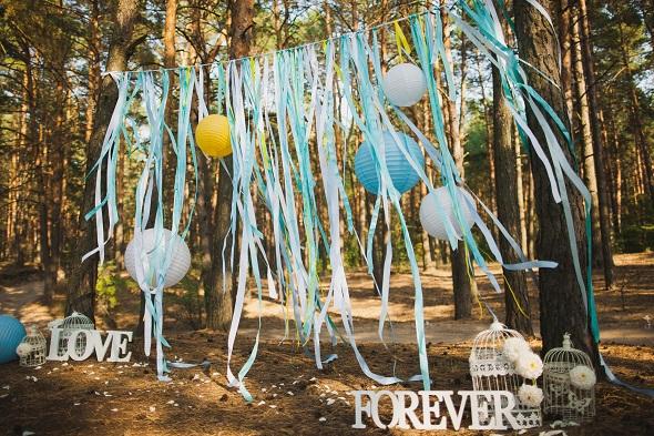 Un décor de photobooth à réaliser avec des rubans - DIY mariage