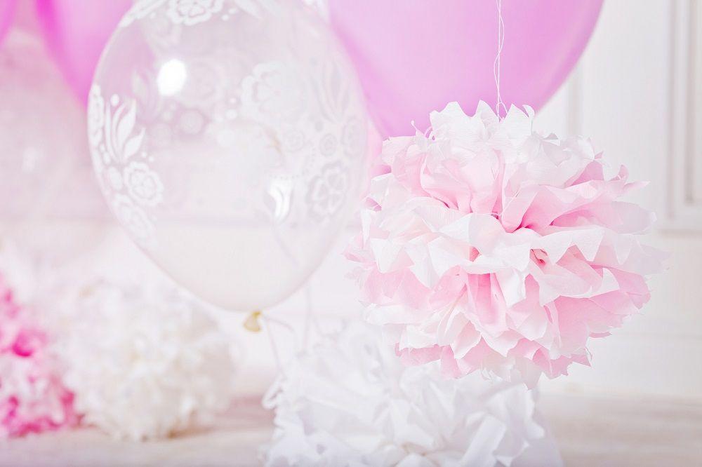 Pompon en papier de soie - DIY mariage