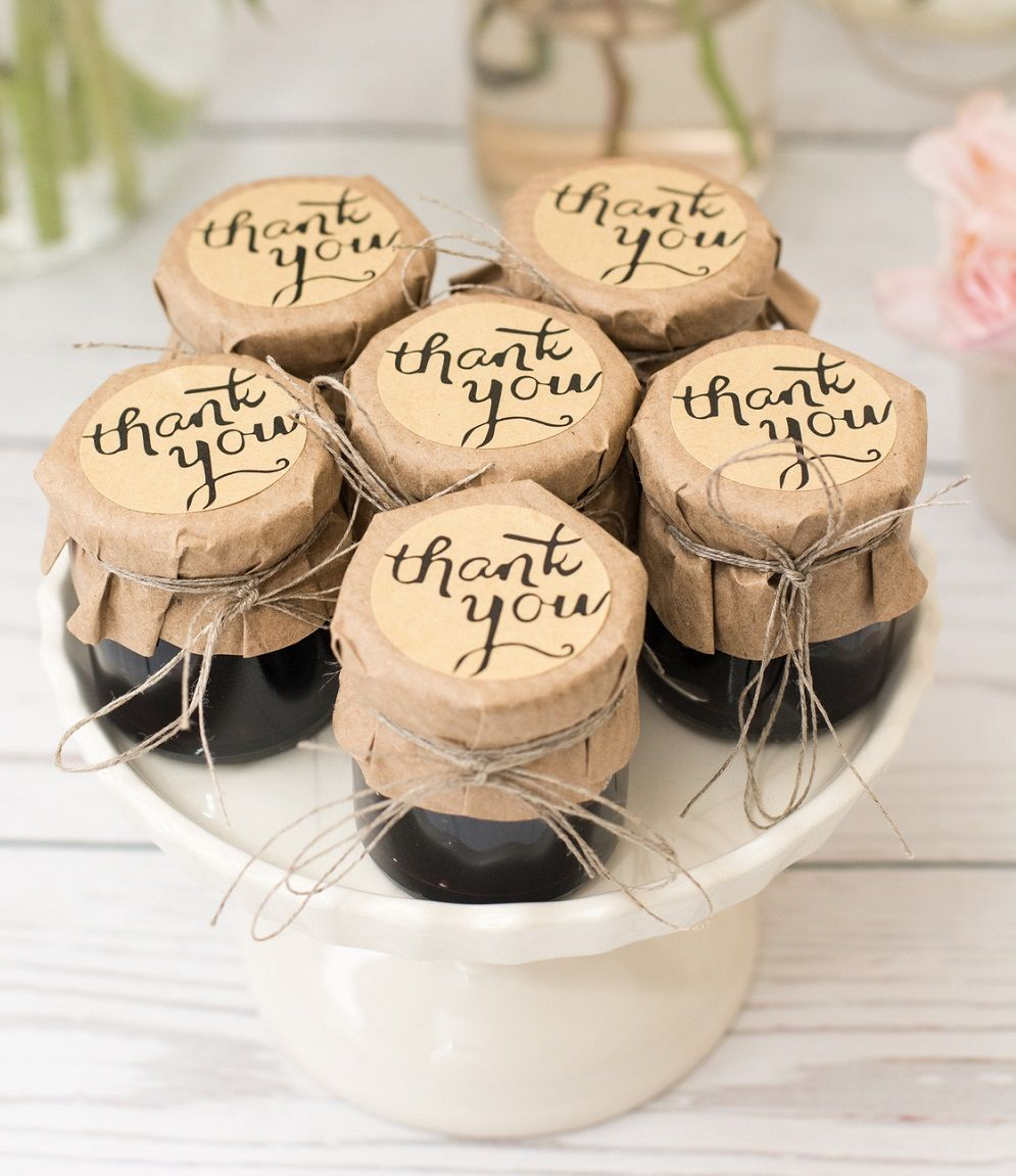 Pots de confiture personnalisés pour cadeaux d'invités gourmands - DIY Mariage