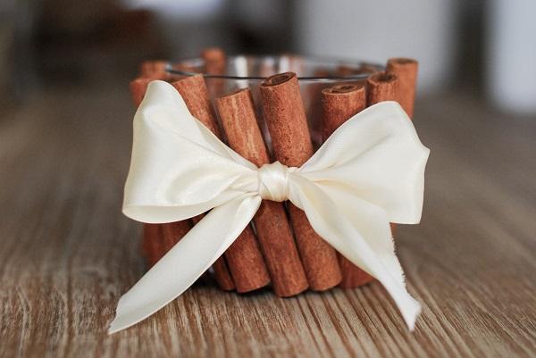 Raliser un photophore vintage avec un pot de yaourt en verre diy mariage - Diy photophore mariage ...