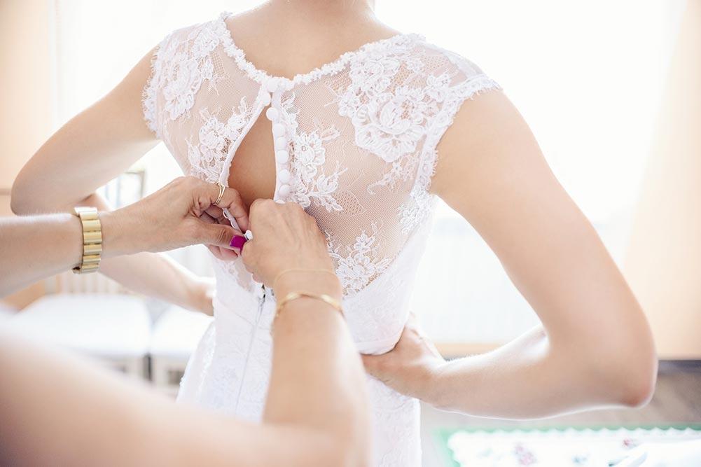 La fermeture de la robe